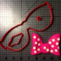 minnie-mouse-bow-cookie-cutter-kit-2-e1418941519986-300x300